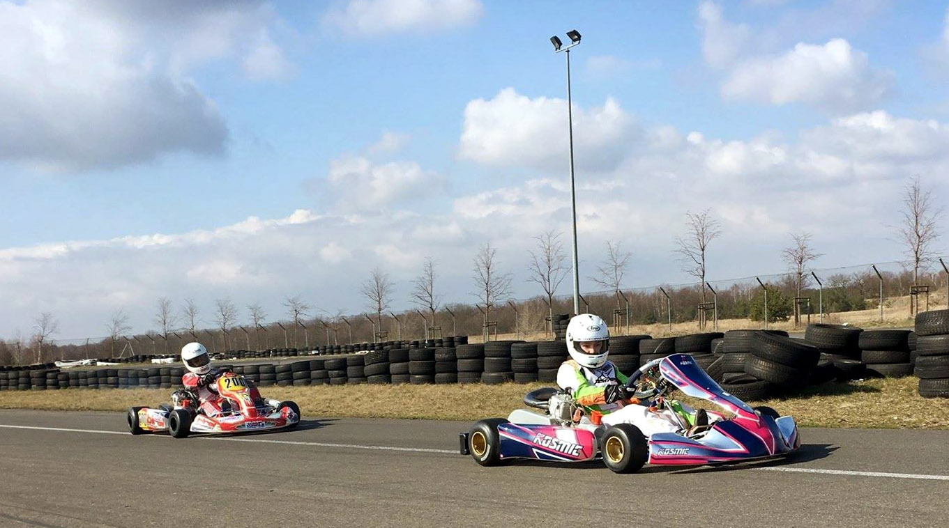 Toruński trening zawodników MG Racing przed tegoroczną inauguracją rozgrywek.